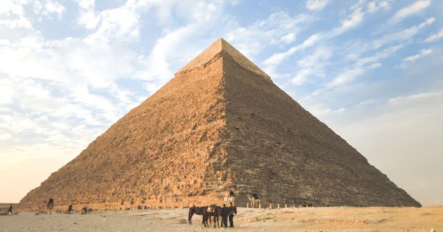 Топ 6 египетски тематични слот машини за игра през 2021 година